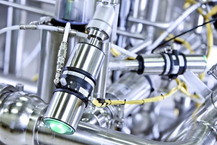 Burkert valve controllers
