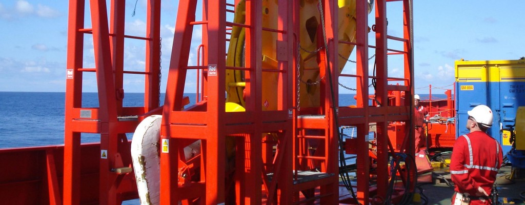 Offshore Engineering Industry : Shock absorber systems for offshore installation