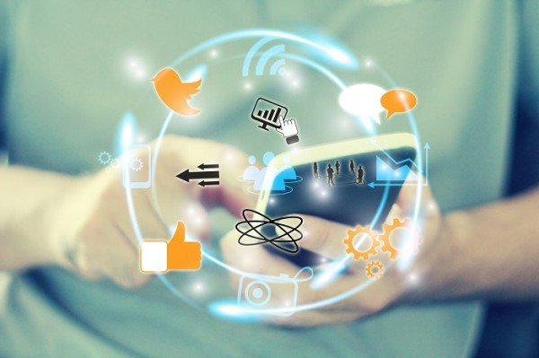 Social media strategy for businesses